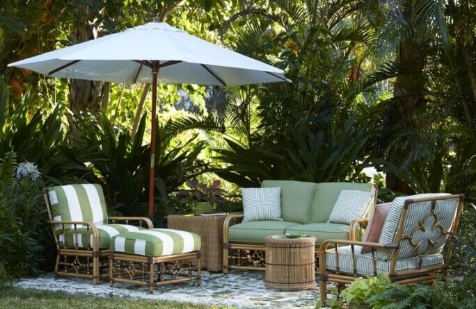 choosing garden furniture
